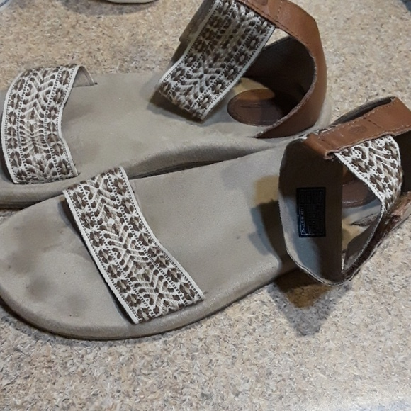 Teva Shoes - Teva  Anna Boho sandals.  Brown and and Tan (9)